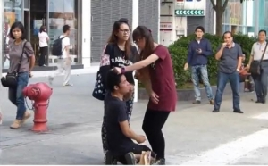 Hong Kong girl slapping boyfriend